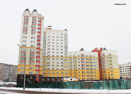 Евфросиньи Полоцкой, 1 (дом со двора)