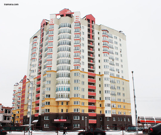 Евфросиньи Полоцкой, 1 (дом со стороны Притыцкого)